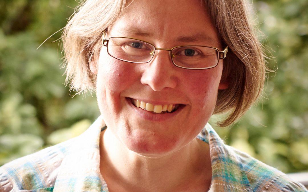 Tina Hillebrand | Tiere anders behandeln